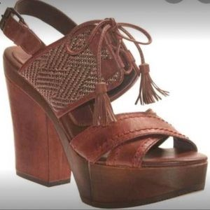 Bacio 61 Soffino 'Hunting Red' Wooden High Heel